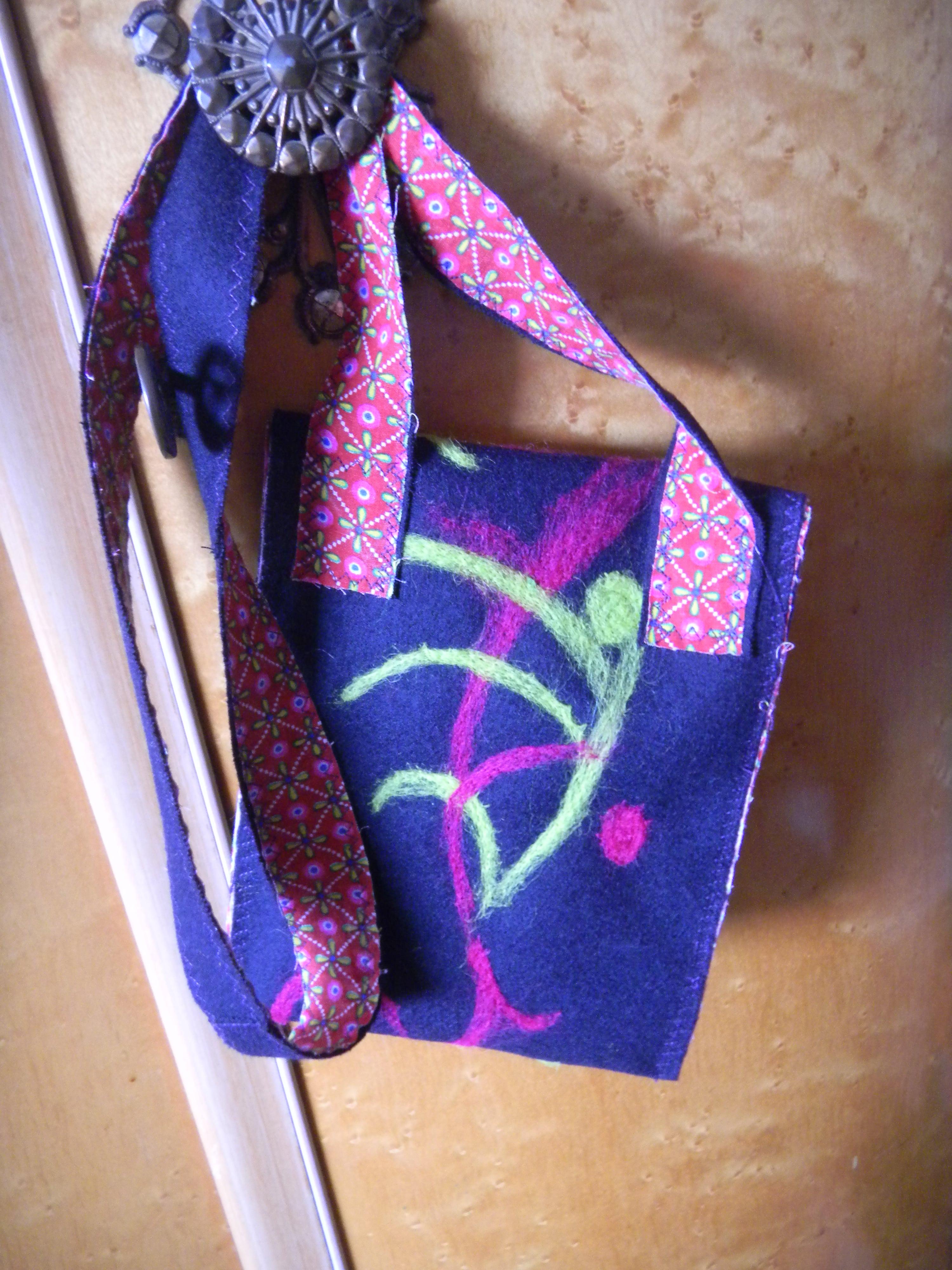 Louise.h accessoires pochette laine et feutrage
