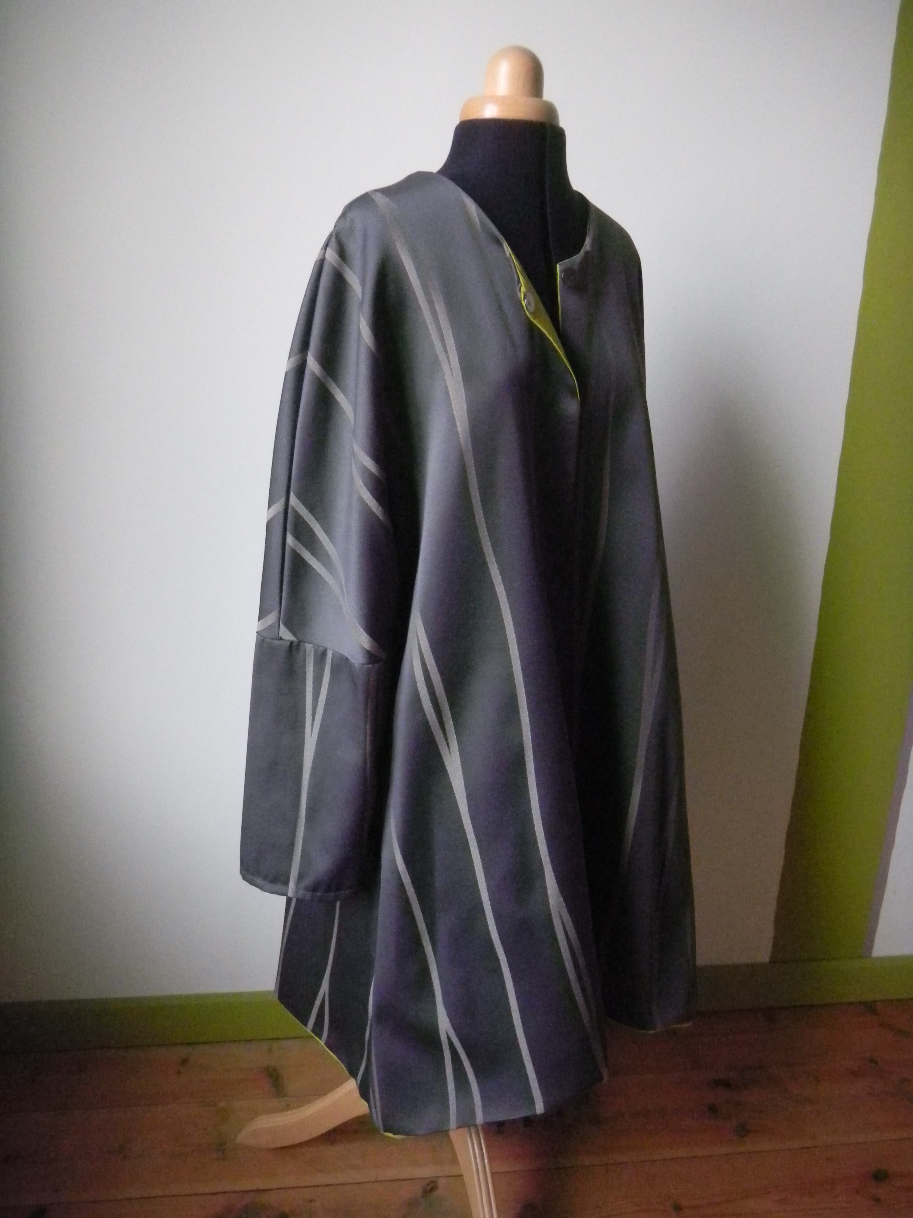 Louise.h vêtement manteau gris