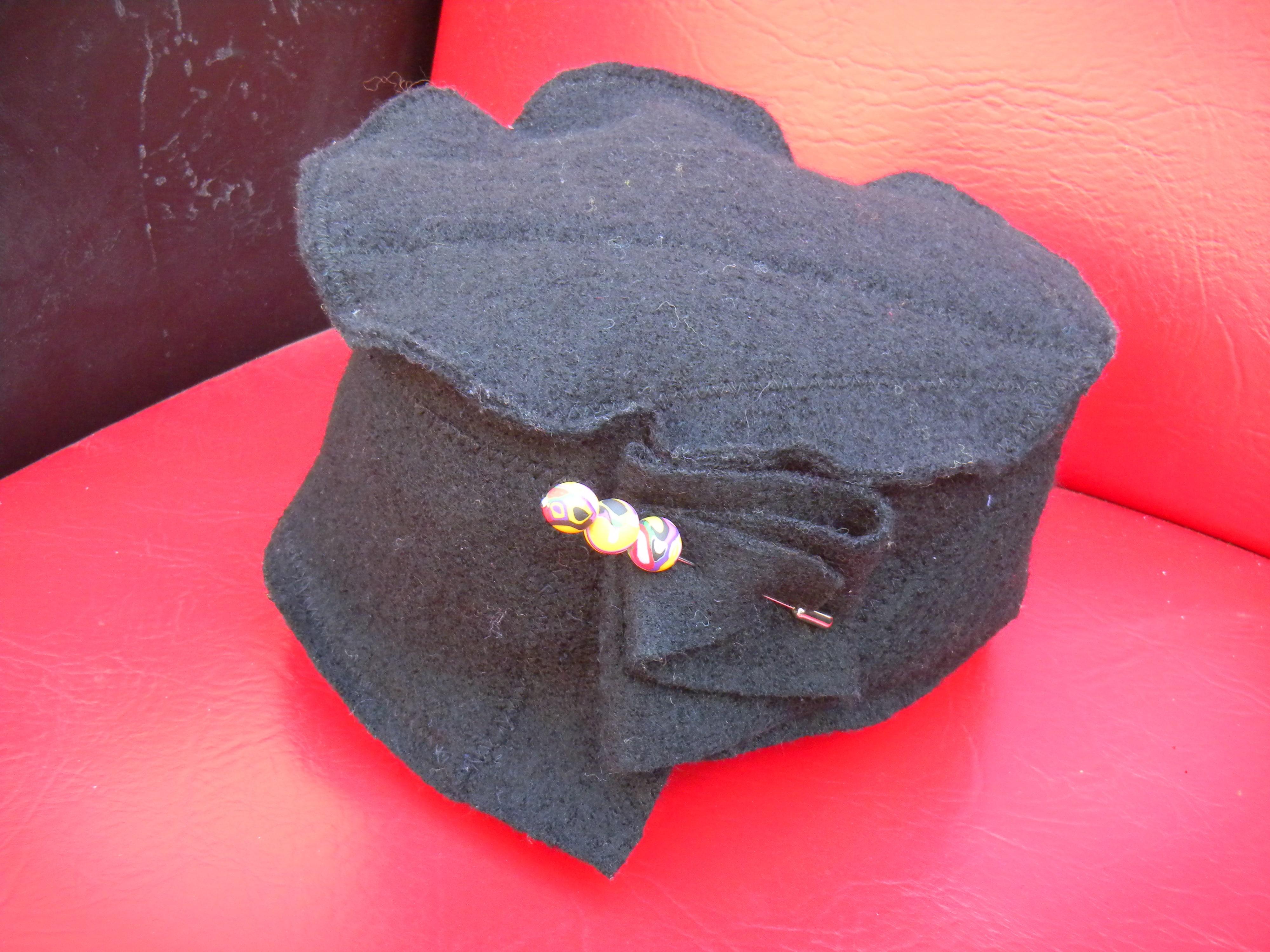 Louise.h accessoires chapeau noir laine bouillie et feutrage