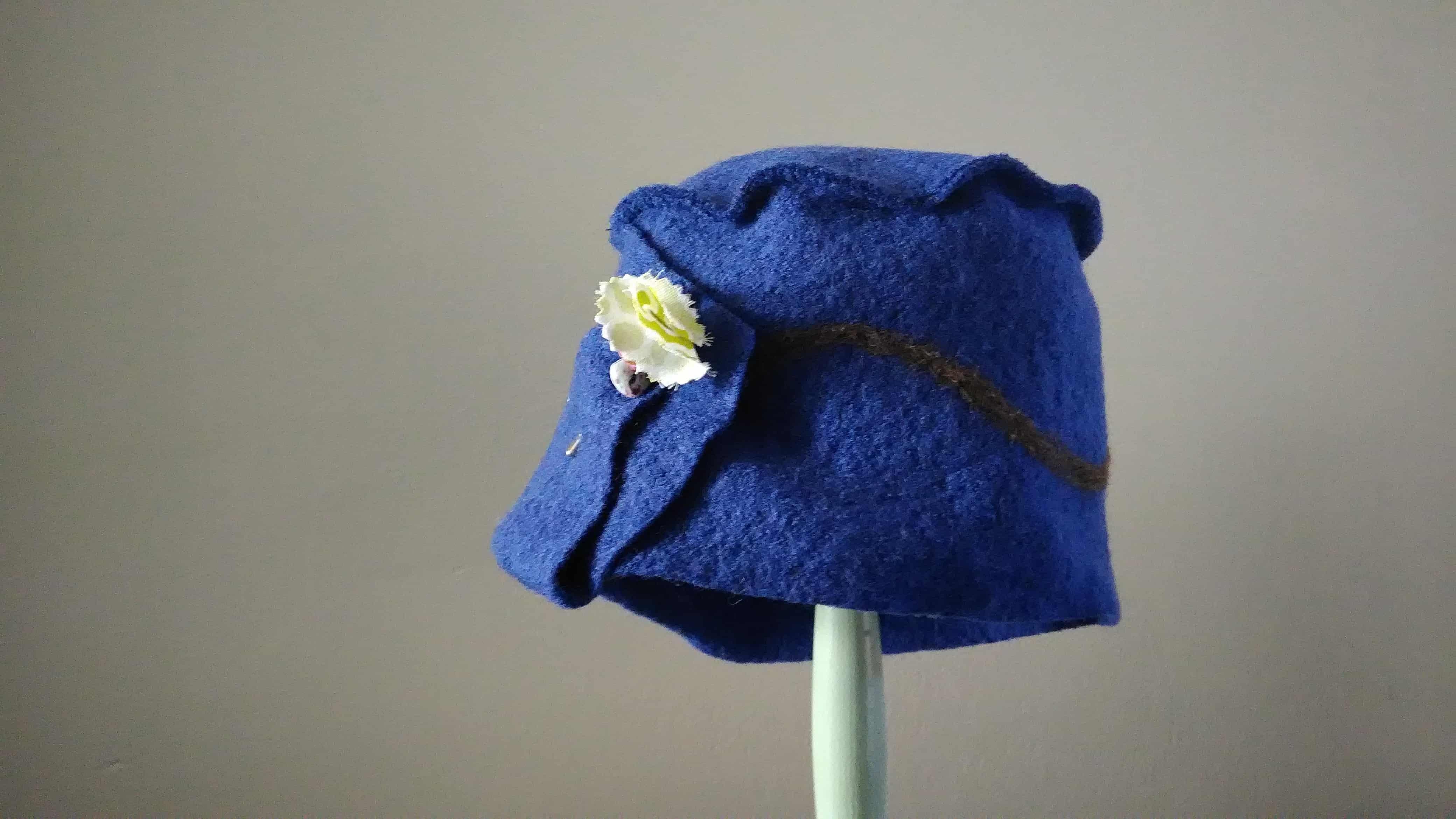 Louise.h accessoires Chapeau bleu en laine bouillie