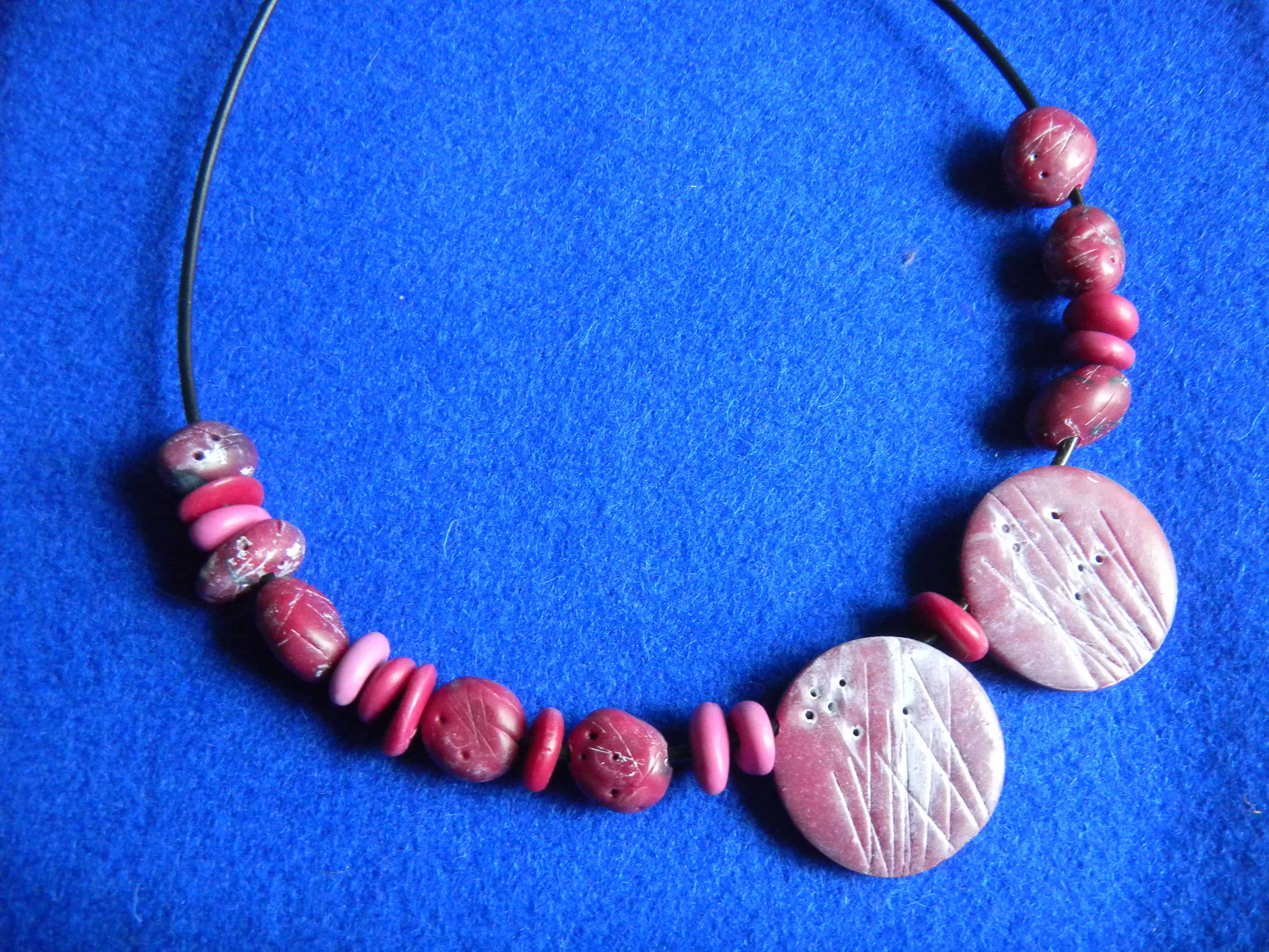 Louise.h bijoux collier rose en polymère et acrylique