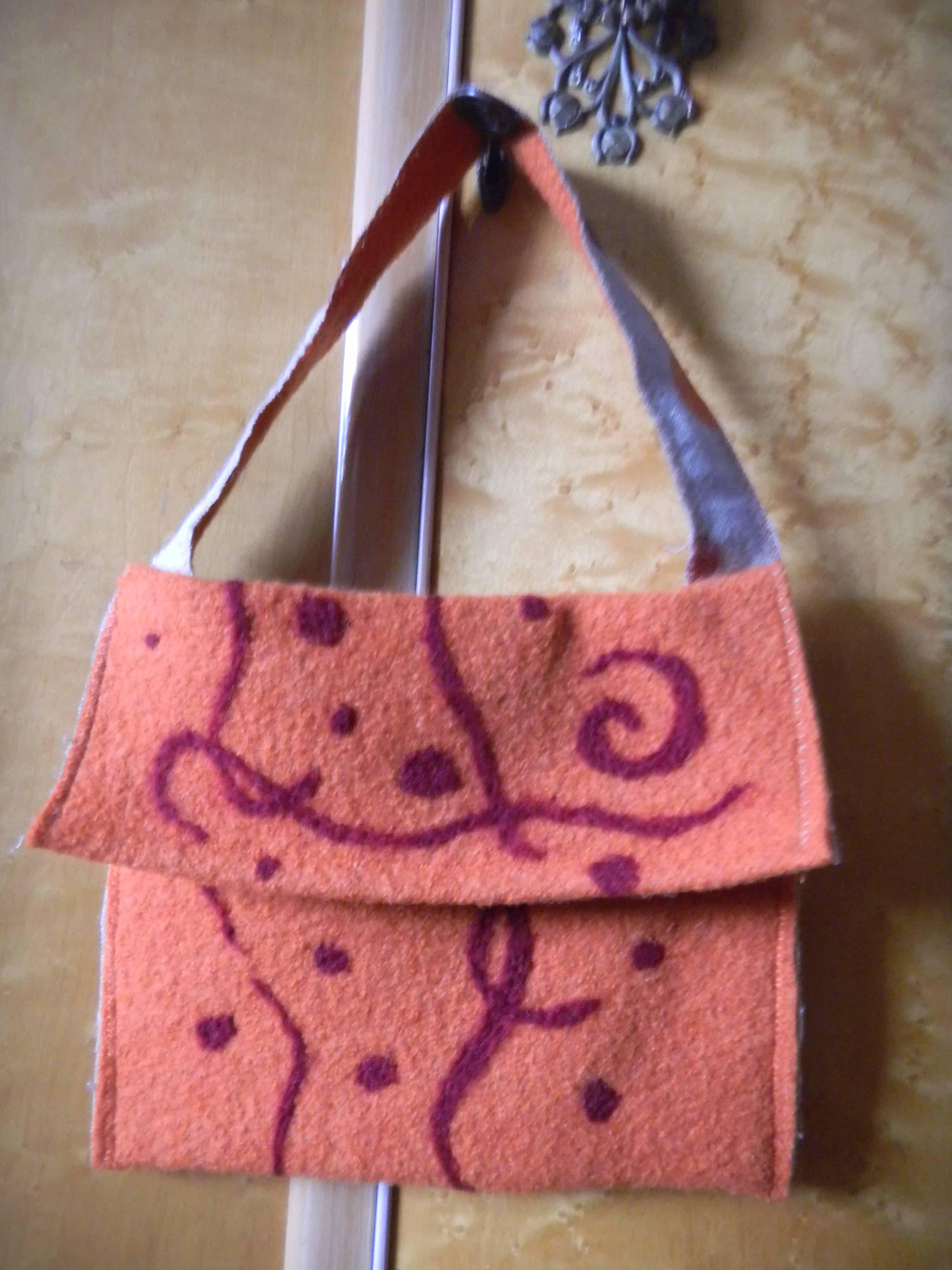 Louise.h accessoires sac laine bouillie orange et feutrage