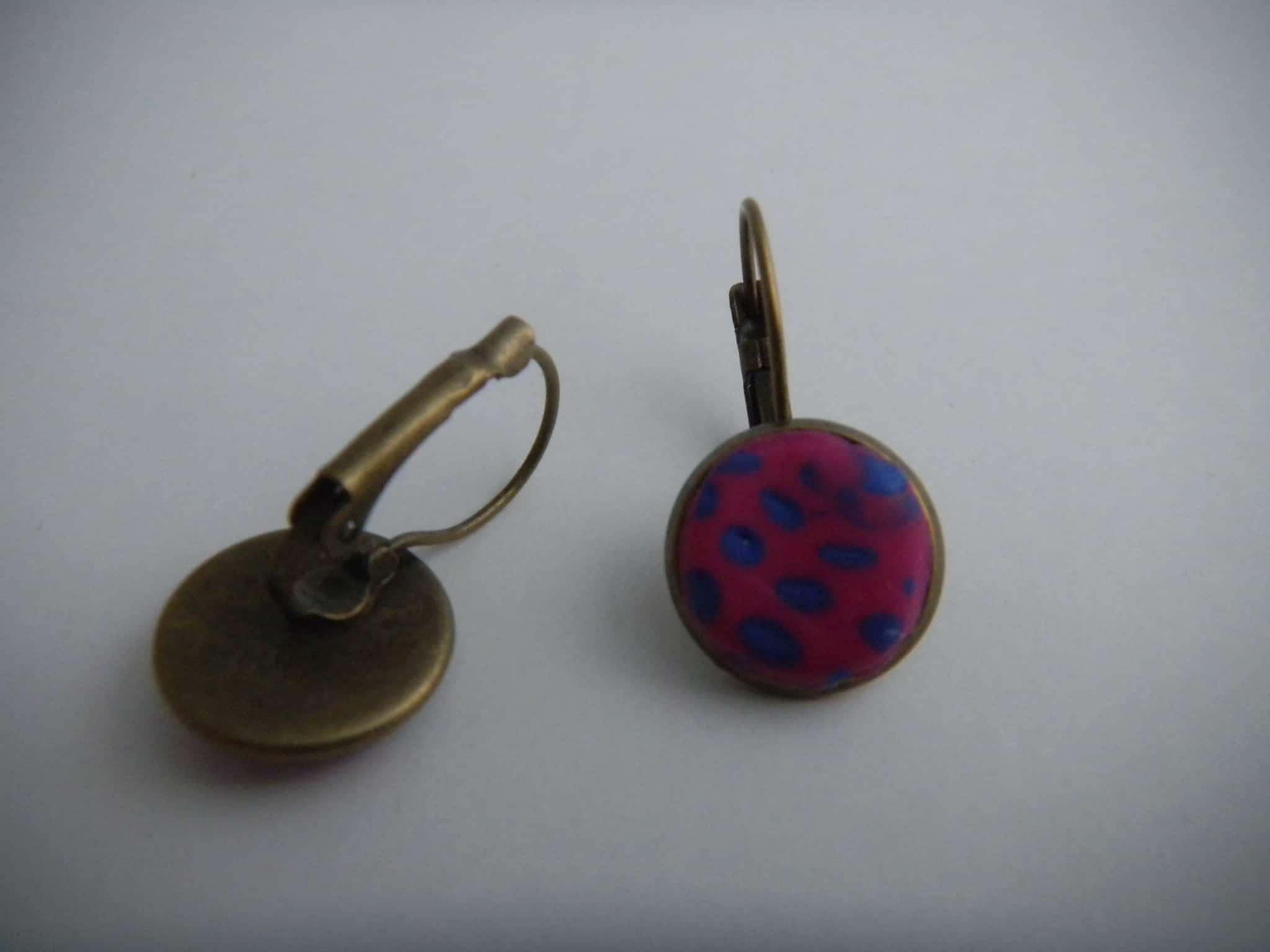 Louise.h bijoux boucle d'oreille en polymère rose et bleue dos