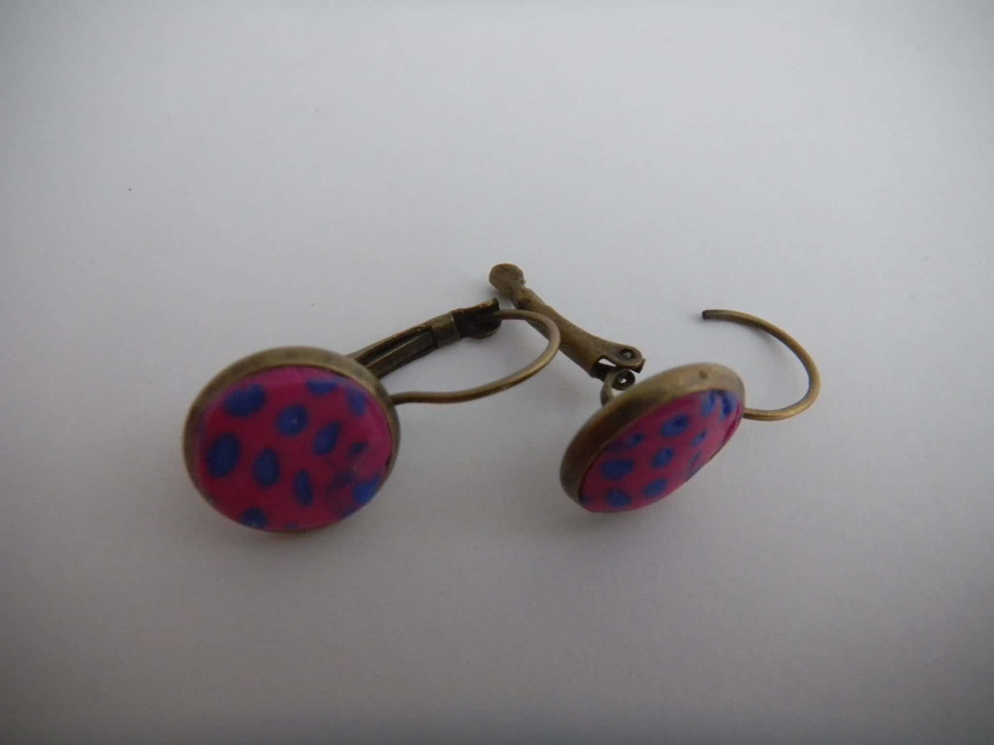 Louise.h bijoux boucle d'oreille en polymère rose et bleue