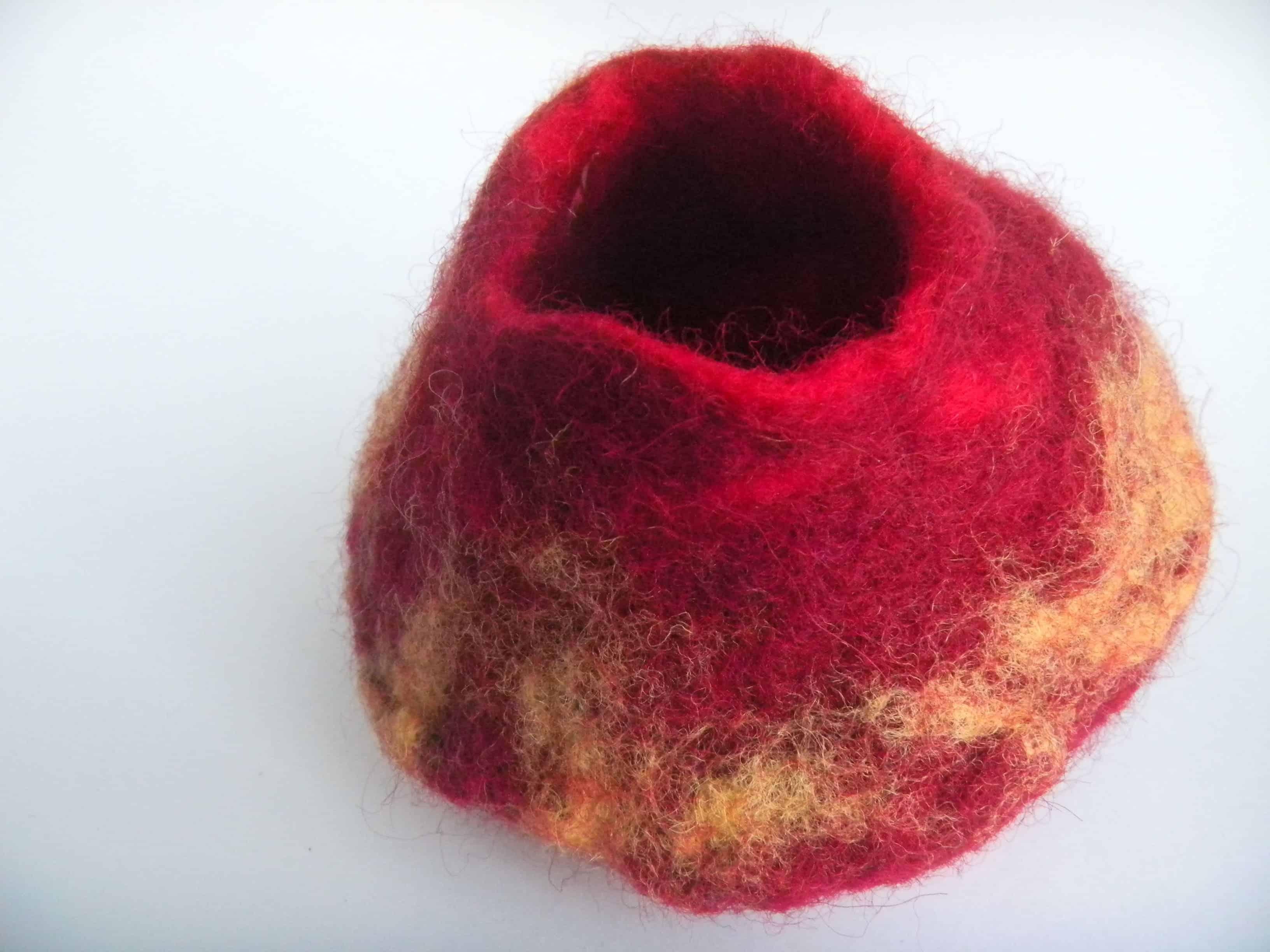 Louise.h décoration pot laine feutrée 1