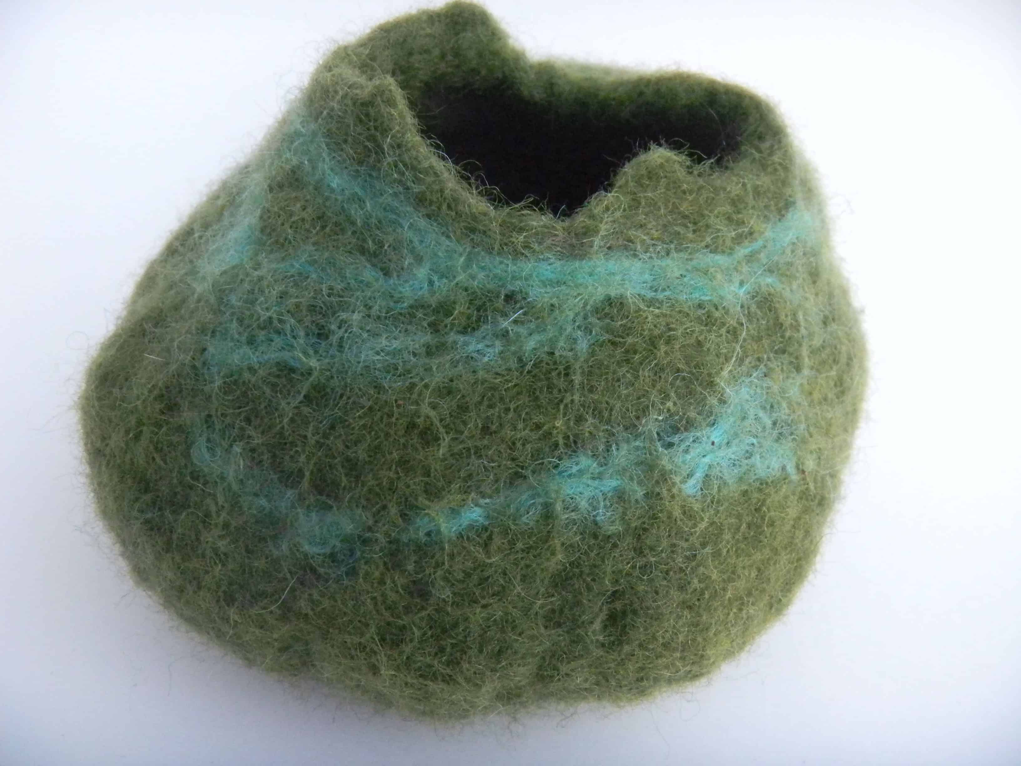 Louise.h décoration pot laine feutrée vert 4