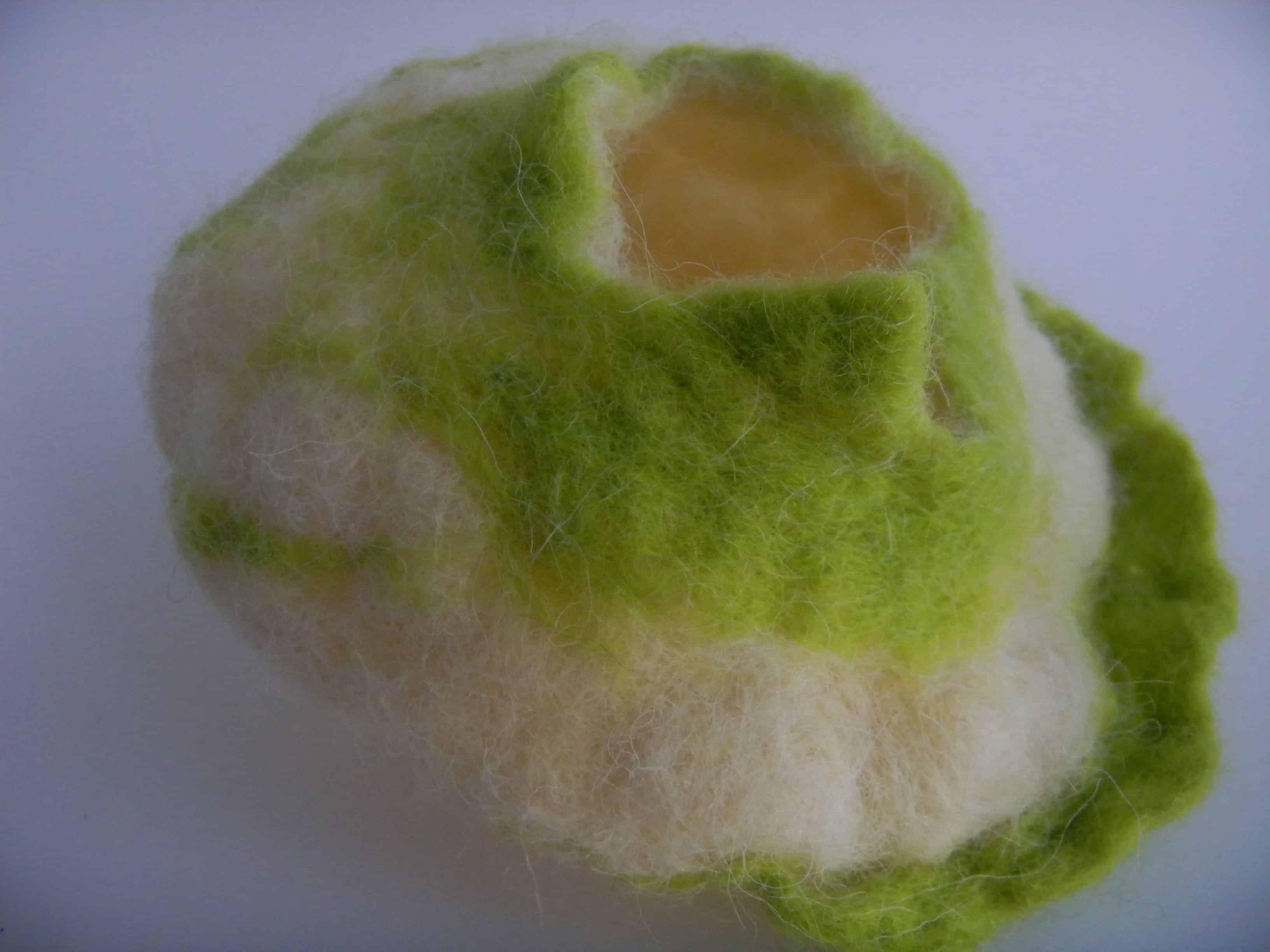 Louise.h décoration pot laine feutrée vert