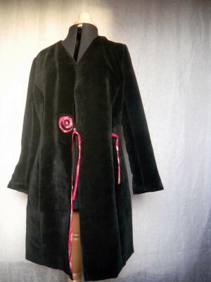 Louise.h vêtement manteau velours devant