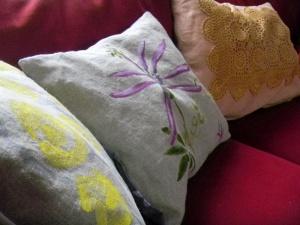Louise.h décoration 3 coussins peints à la main